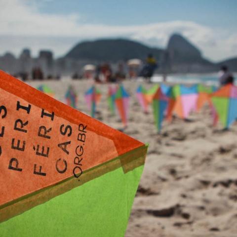 """Flash mob """"deixe a pipa voar"""" - Praia de Copacabana - edição 2013"""