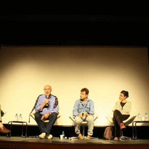 Mesa de debate na edição 2012